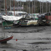 01-mylor-creek-yacht-aground
