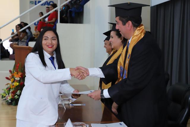 Graduacio-n-Medicina-79