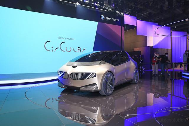 2021 - [BMW] Vision Circular  - Page 2 9053-BE17-4-E7-F-4573-A550-15-BE643-E4199