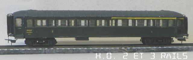 Voitures SNCF et divers Robert-Nob-court-SNCF-1er-2-me-IMGP2589-R