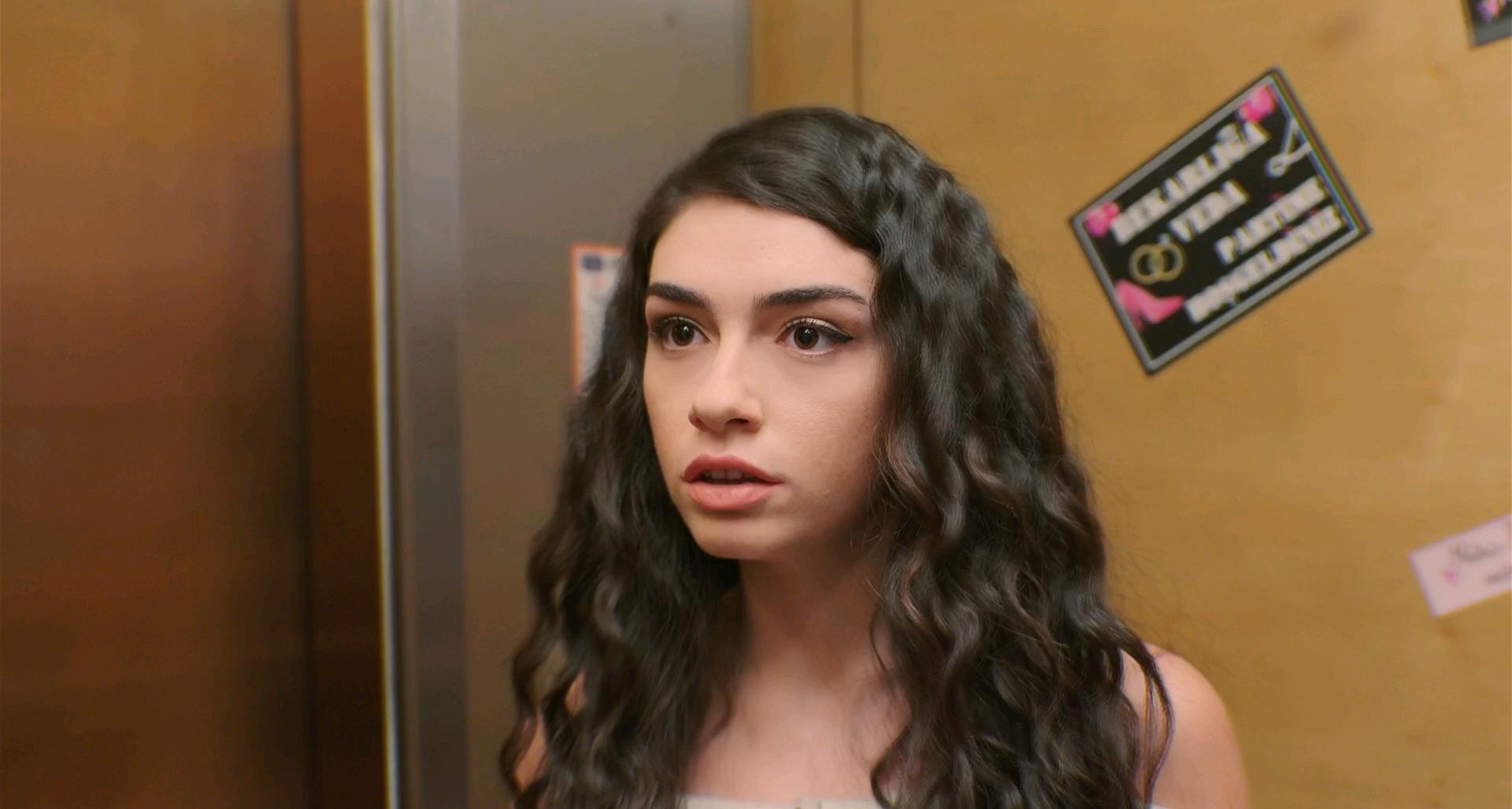 Her Şey Seninle Güzel   2018   Yerli Film   WEB-DL   XviD   Sansürsüz   1080p - m720p - m1080p   WEB-DL   Tek Link