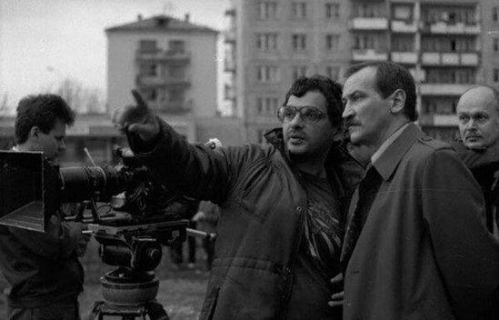 Все ли фильмы Вы узнаете по фото? Это старое доброе советское кино, такого 1589377954_zakulise-14
