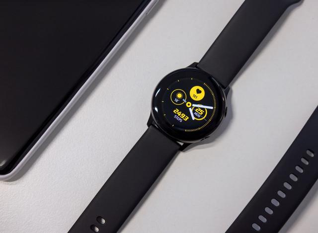 Black-Samsung-active