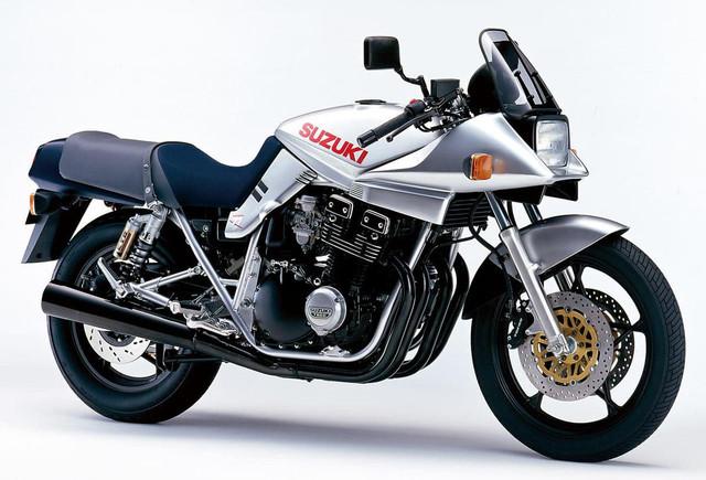 Suzuki-GSX1100-S-Katana-2000