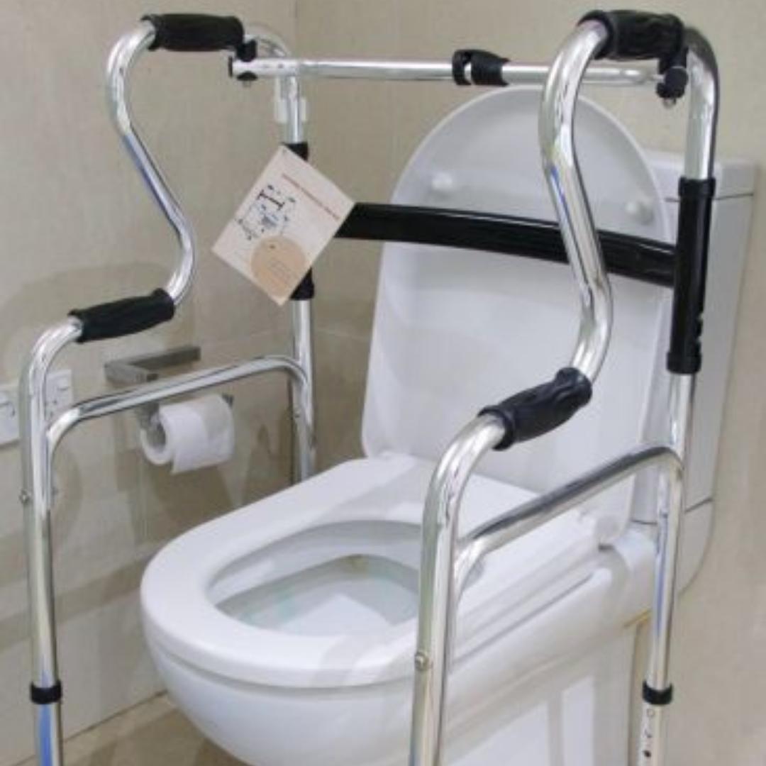 LIVING-AIDS-BATHROOM