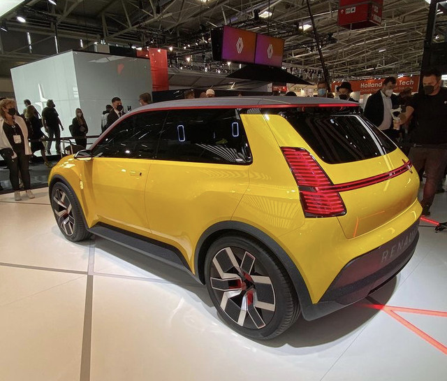 2021 - [Renault] 5 E-Tech - Page 8 8-DD62-BAE-83-FF-484-D-B0-A0-D01-D9-A7711-C5