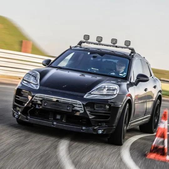 2022 - [Porsche] Macan - Page 3 B58399-D1-66-AC-4787-98-DC-688-EFAE6-DDE1