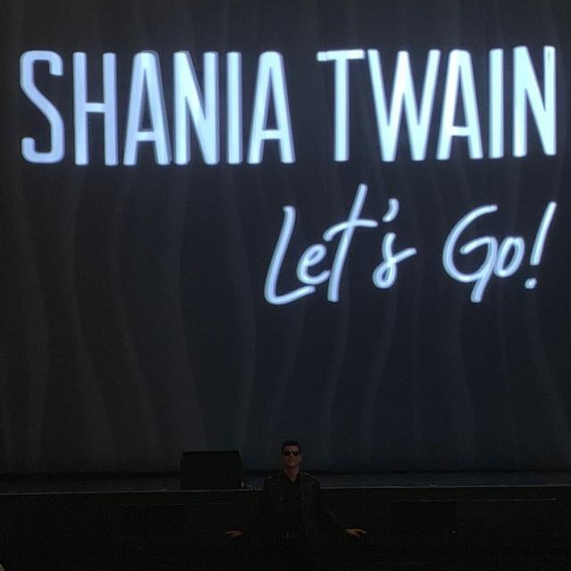 shania-vegas-letsgo-show120619-2