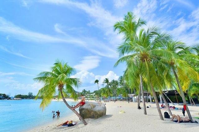 Siloso-Beach-Cover