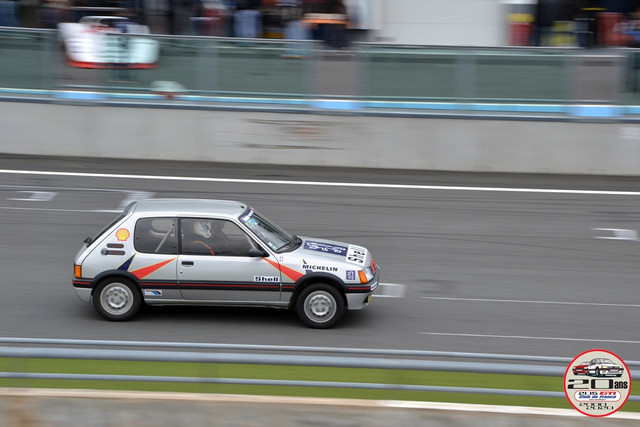 Magny-Cours-2-074.jpg