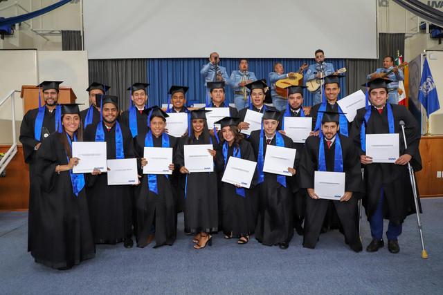 Graduacio-n-Cuatrimestral-94
