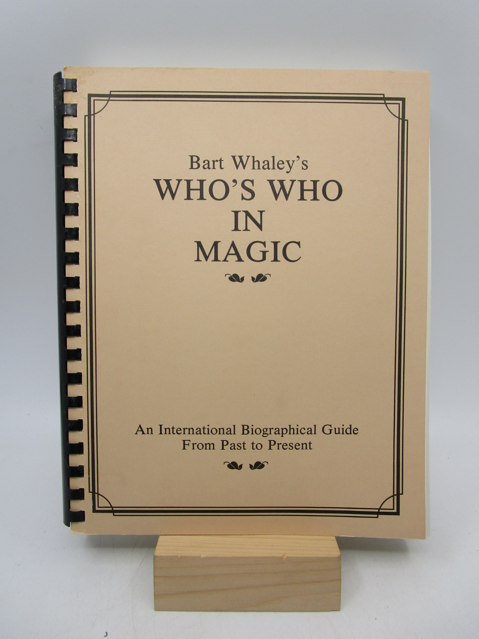 Image for Who's Who in Magic: An International Biographical Guide from Past to Present (Limited Edition)