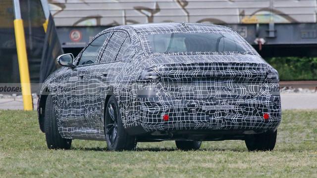 2023 - [BMW] Série 5 / M5 [G60 / G61] A442105-C-CFE5-4698-B075-0-F17-A78-D4321
