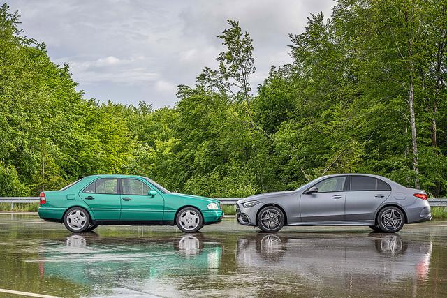2021 - [Mercedes-Benz] Classe C [W206] - Page 17 106581-FF-C03-F-4-FA7-81-DE-DF55-DADA8-F32