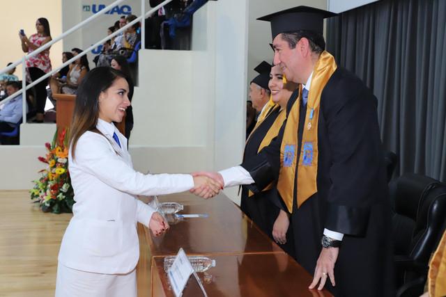 Graduacio-n-Medicina-153
