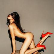 Chiara-Bianchino-Grunge-Babe-by-Hannes-Windrath-10