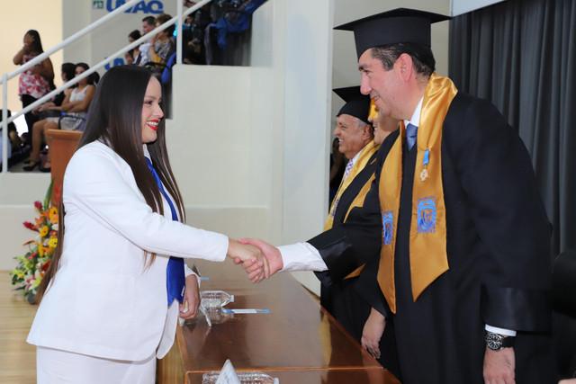Graduacio-n-Medicina-150