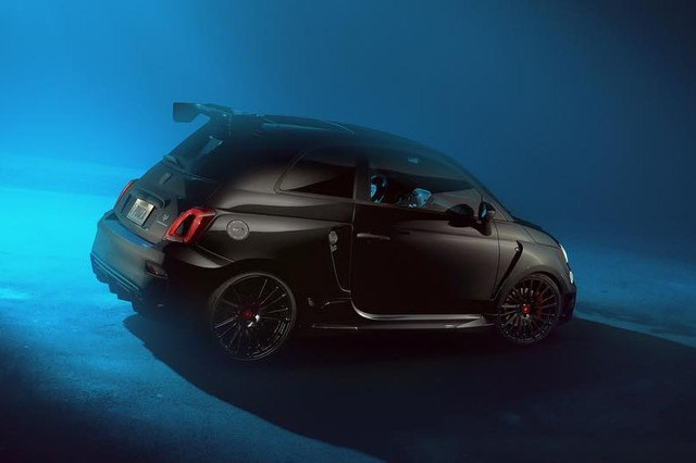 2015 - [Fiat] 500 Restylée - Page 24 CD53-C724-5-AEF-48-CC-B3-F7-14-D3-C5-F3-CAAD