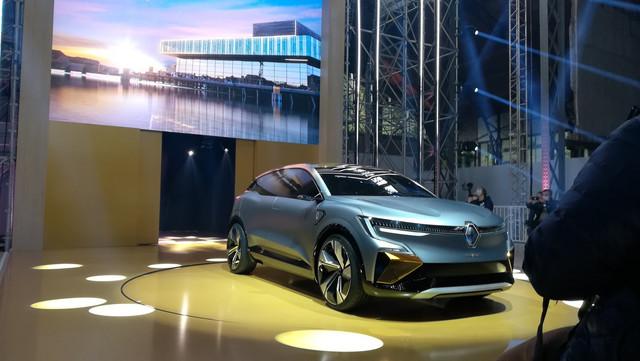 2020 - [Renault] Mégane eVision - Page 2 F1-D77325-3-A77-4814-B88-D-F0-D229501348