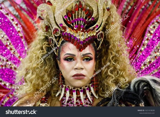 stock-photo-rio-de-janeiro-rj-brazil-march-pretty-dancer-bianca-monteiro-of-samba-school-1621418638