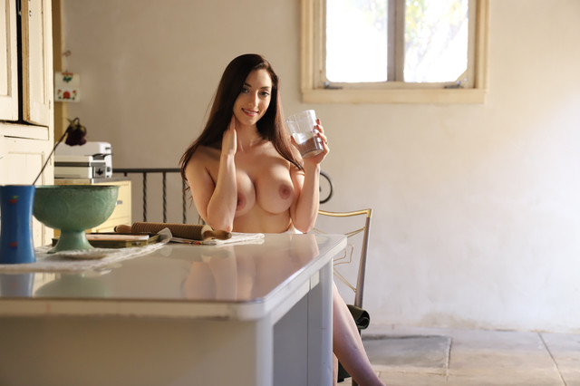 abbyopel-04-01-2021-2000998323-Some-everyday-erotica-for-your-evening-Basking-in-the-perfect-morning
