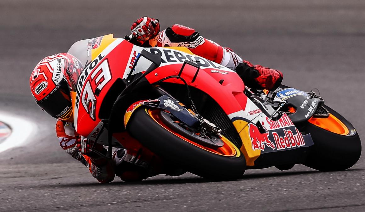 Marc-Ma-rquez-arrasa-en-Moto-GP-en-Argentina-y-Valentino-Rossi-vuelve-al-podio