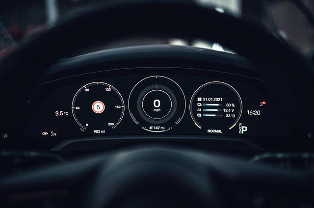 2020 - [Porsche] Taycan Sport Turismo - Page 3 9-D95-A102-DD19-4-C1-A-9245-30333-DF9-A06-E