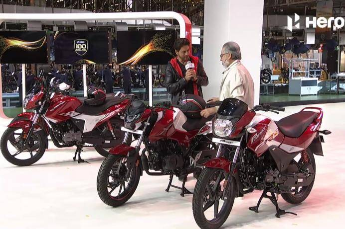 hero-motocorp-100-million-shah-rukh-khan-dr-pawan-munjal