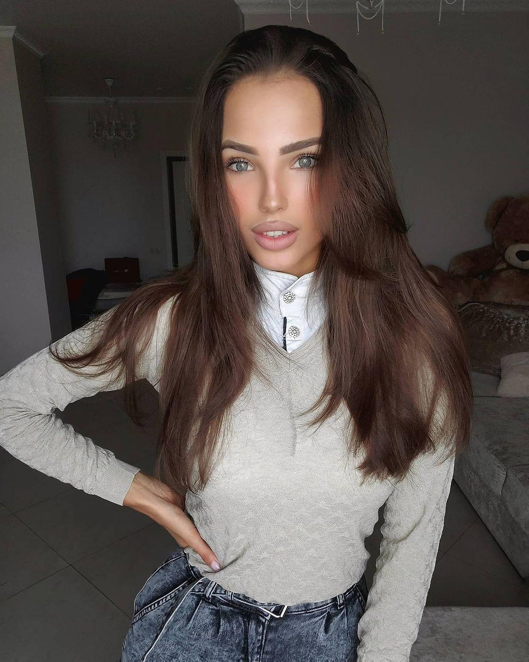 Elizaveta-Berejnaya-Wallpapers-Insta-Fit-Bio-Miss-elizabeth-sol-Wallpapers-Insta-Fit-Bio-20