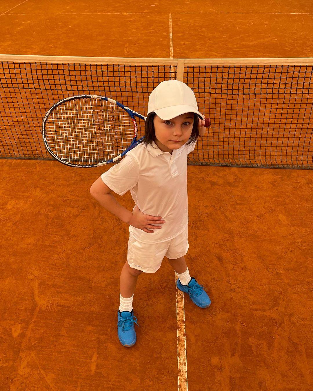 Santiago De Martino compie 8 anni, festa in casa