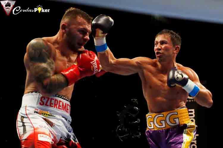 Pukul KO dan Jatuhkan Lawan 4 Kali, Sang Juara Dunia Masih Mengerikan