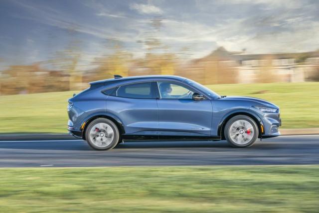 2020 - [Ford] Mustang Mach-E - Page 9 3-A06-B575-18-FE-40-E3-AF9-F-2-FD354-E5711-E