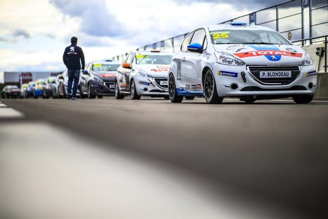 En 2021 Les Rencontres Peugeot Sport Rejoignent La 308 Racing Cup En Ultimate Cup Series AV2020090100-min