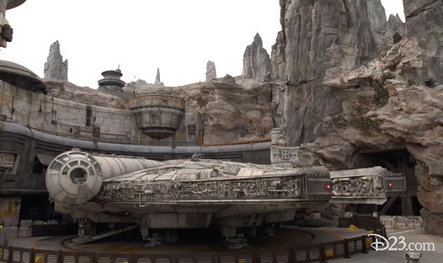 [Disneyland Park] Star Wars: Galaxy's Edge (31 mai 2019) - Page 38 Xxx28
