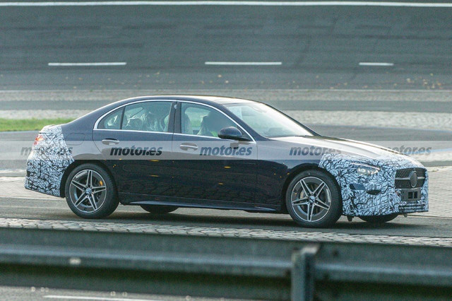 2020 - [Mercedes-Benz] Classe C [W206] - Page 7 829-A15-DB-C188-40-BF-8710-A78-F3-B911840