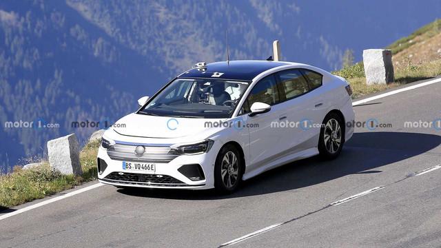 2022 - [Volkswagen] ID berline 7398-F801-704-E-49-C8-B95-E-D37-F47-C58469