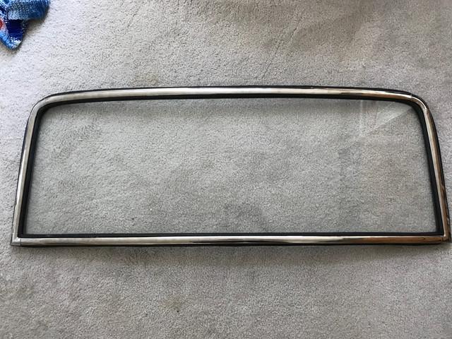R-Window-trim-mounted
