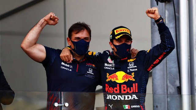 F1 GP d'Azerbaijan 2021 : Victoire Sergio Pérez (Red Bull Racing) 1322150437