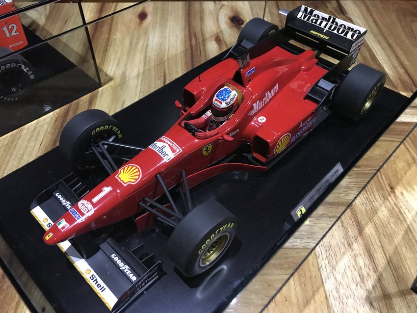 MINICHAMPS F1 FERRARI SCHUMACHER MODEL FORMULA 1 CAR