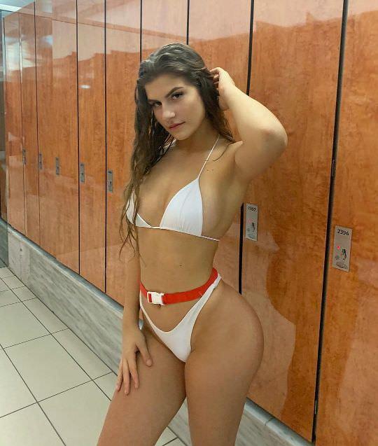 Nicole-Dobrikov-thotseek-com-2020-01-26-17-20-33-2229809545019004340-1622074493