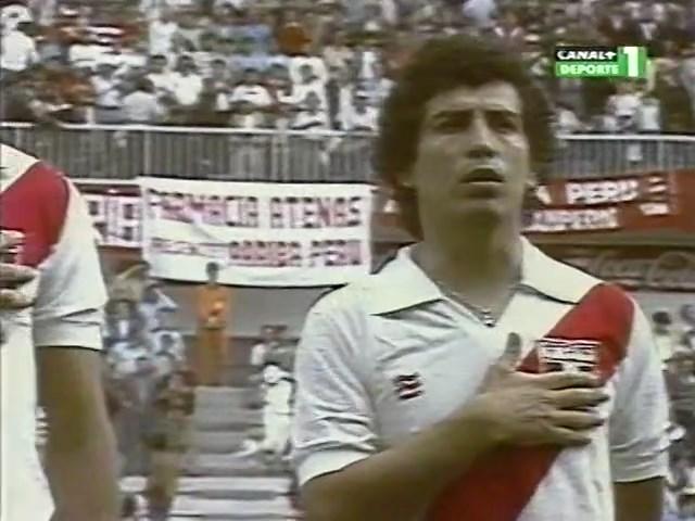 1982-06-15-WC-Peru-vs-Cameroon-mkv-snapshot-00-00-41-2020-05-12-18-45-51