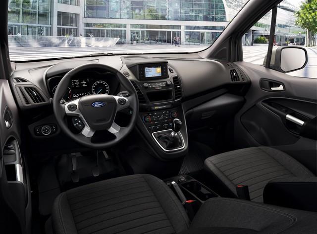 Plus efficient et désormais disponible en version 1 tonne : le Ford Transit Connect, meilleur atout des professionnels ? Limited-interior