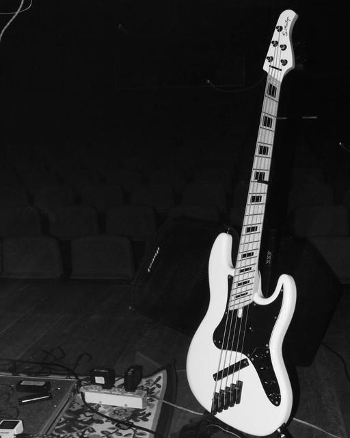 Mostre o mais belo Jazz Bass que você já viu - Página 12 116-14276412-196278937450760-1416195053-n