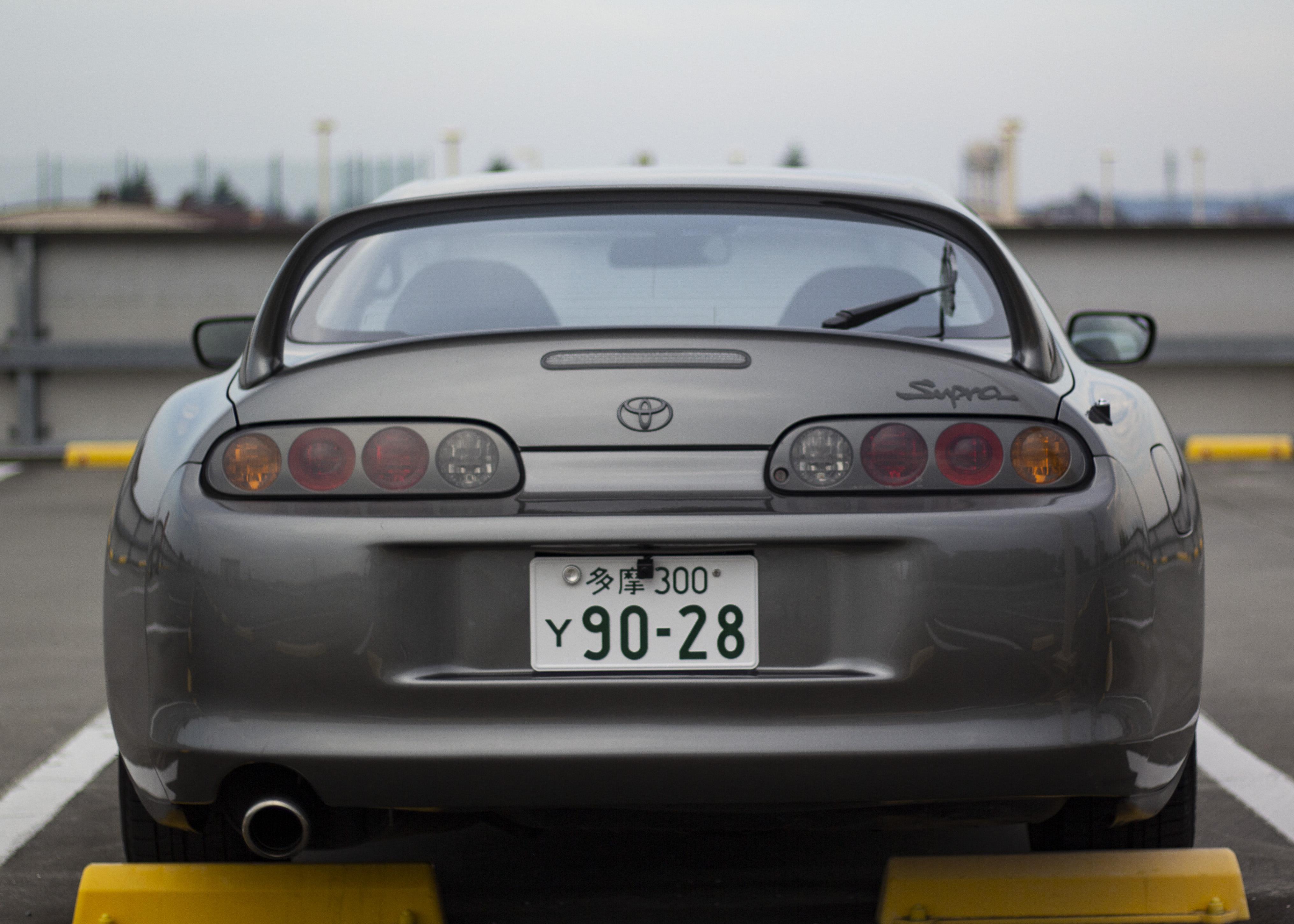 MG-8583