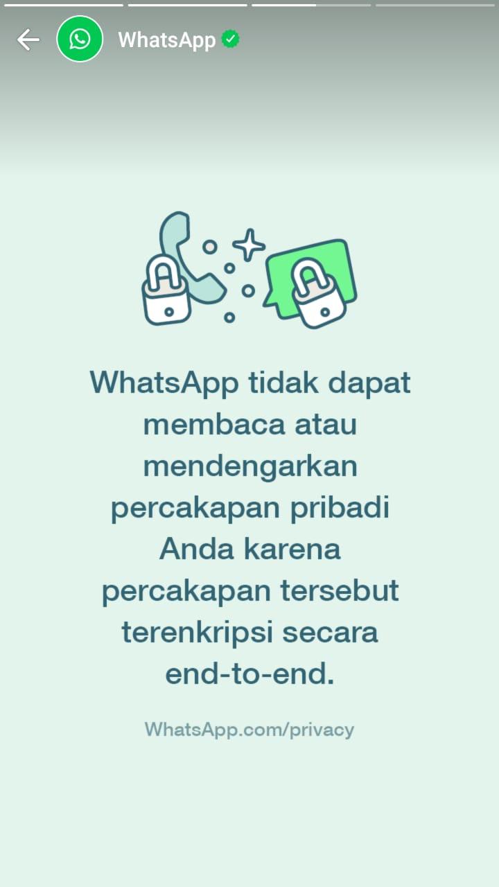 Slide ketiga update status dari WhatsApp