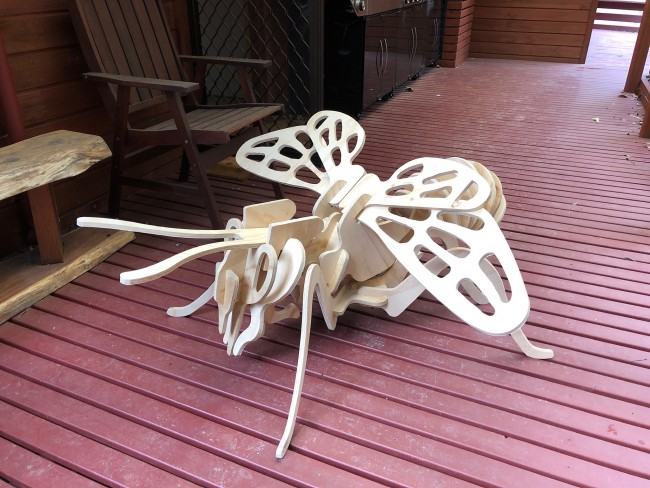 GIANT LASER CUT MDF WOOD BEE INSECT GARDEN ART 1