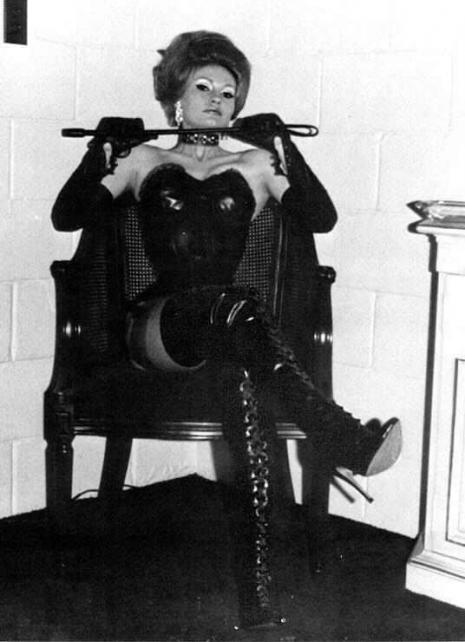 sexy-cruel-vintage-femdom-mistress-photograph-a-465-642-int