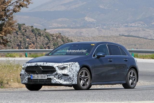 2022 - [Mercedes-Benz] Classe A restylée  0-B0-B3-D71-EDE2-4399-905-C-D0-E27-C7-C55-F2