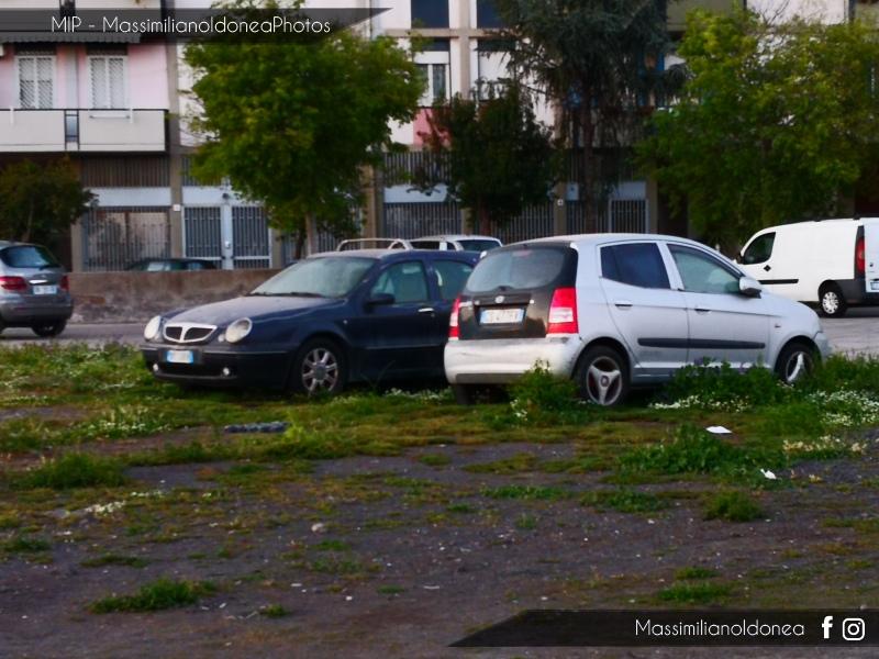 Auto Abbandonate - Pagina 13 Kia-Picanto-e-Lancia-Lybra-SW