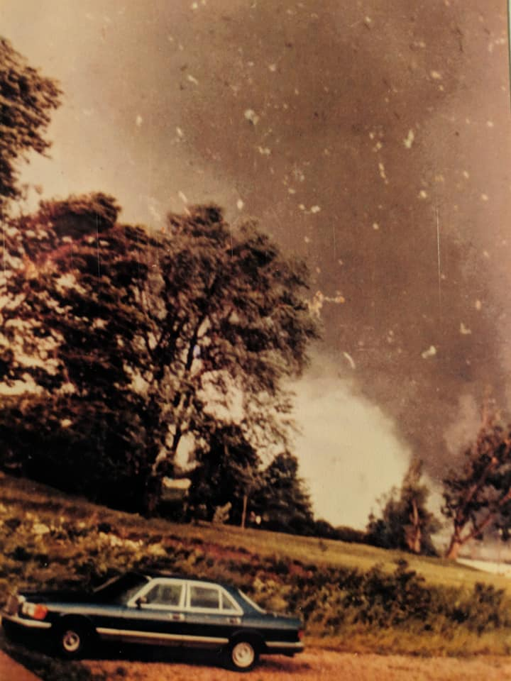 wheatland-tornado-12-mike-sisic.jpg